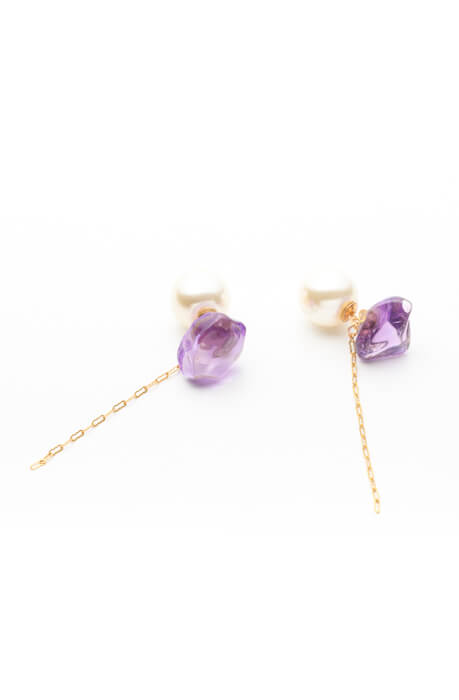 「2way Gemstone Pierces」¥22,000(税別)