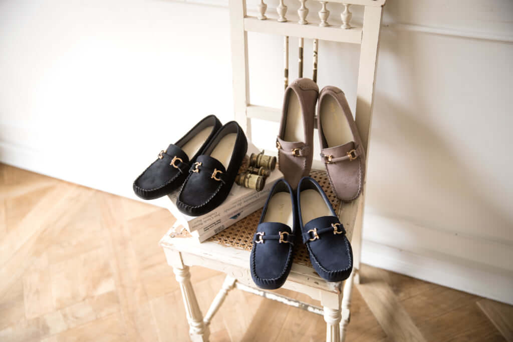 Flat casual shoes 4,900円(税別)