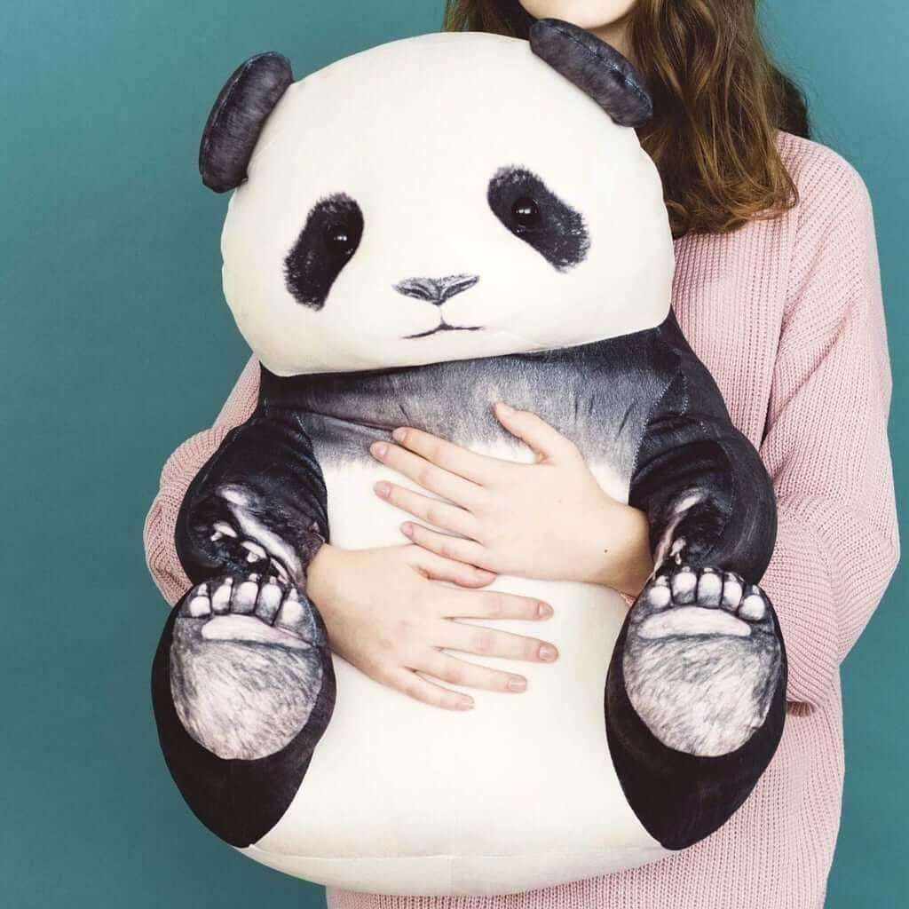 YOU+MORE! おすわりパンダのもっちりビッグクッション1個 ¥6,900(税別)