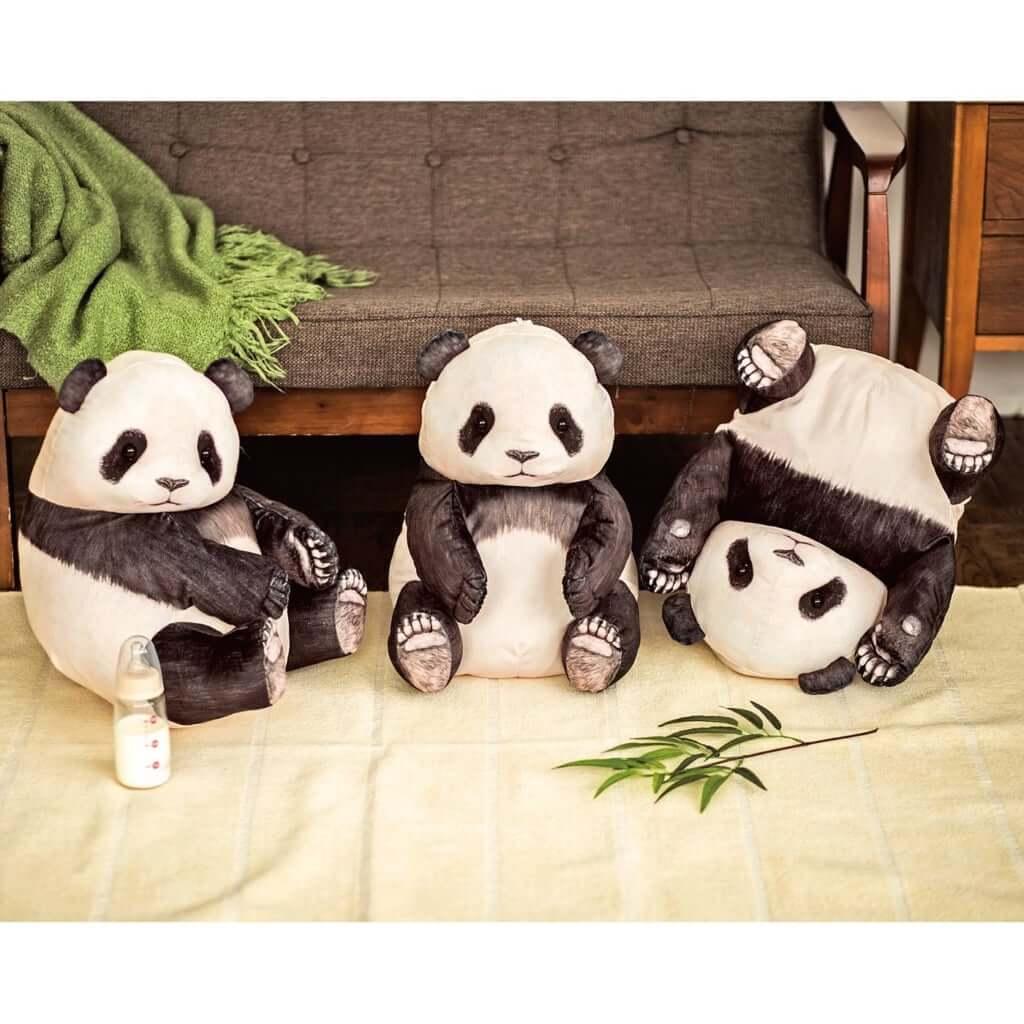 YOU+MORE! まるでパンダの幼稚園 いたずら子パンダクッションケースの会 1個 ¥3,900円(税別)