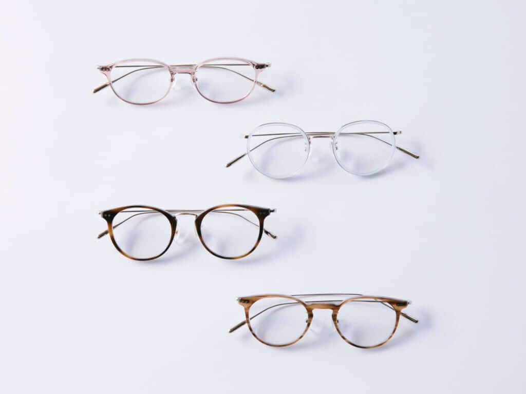 「コスメティックメガネ」(360°UVカット薄型標準レンズ付き)  28,000円(税抜)
