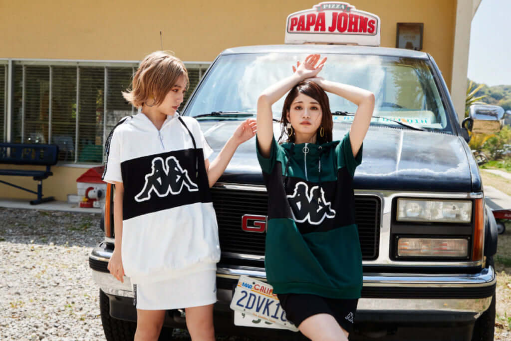 「Kappa 半袖裏毛パーカー」6,900円(税別) 「Kappa 裏毛スカート」4,900円(税別)