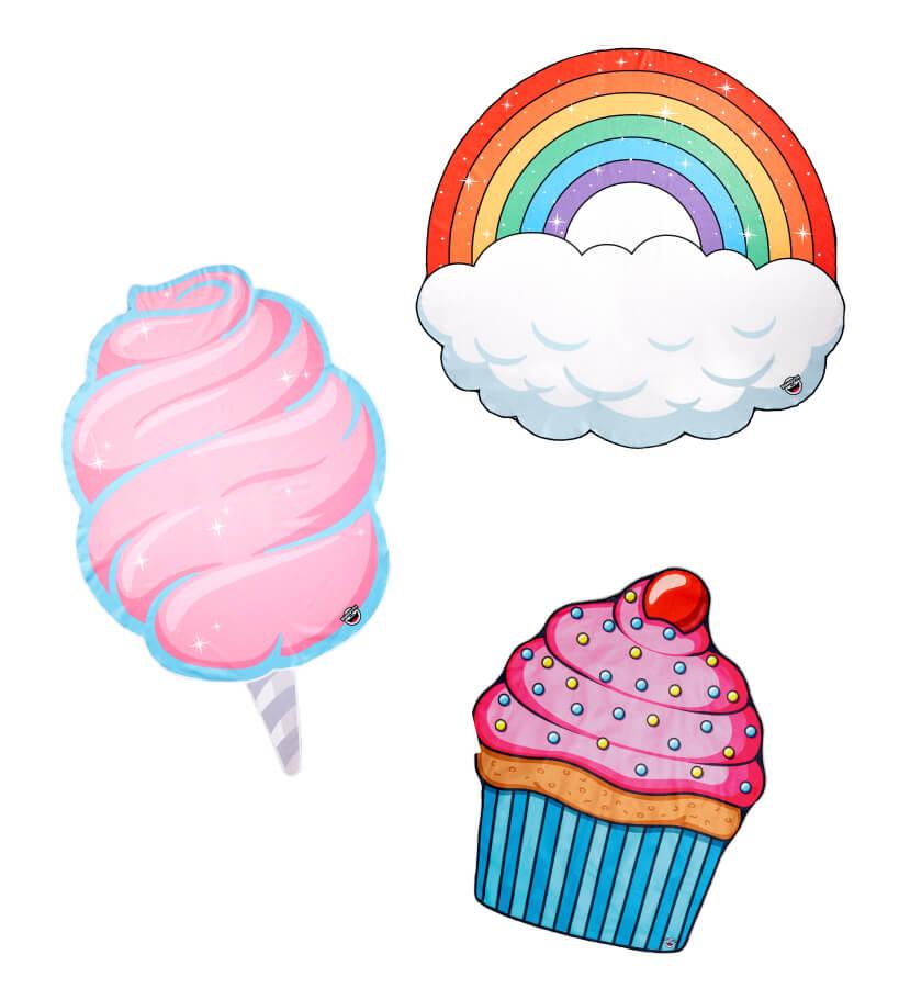 BIGMOUTH「ビーチブランケット」 4,104円(税込) レインボー、キャンディ、カップケーキ