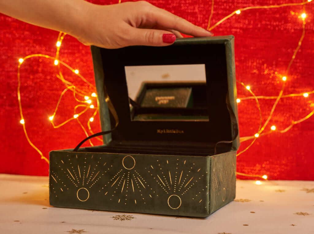My Little Box12月のBOX ベロアの「ジュエリーボックス」