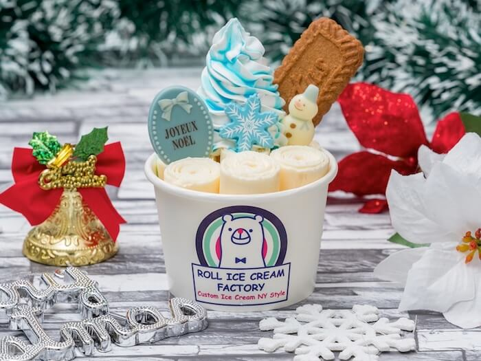 ROLL ICE CREAM FACTORY(ロールアイスクリームファクトリー)ブルーホワイトクリスマス ¥1,050(税抜)