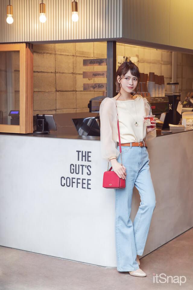 琴子サンがTHE GUT'S COFFEE(ザ ガッツ コーヒー)