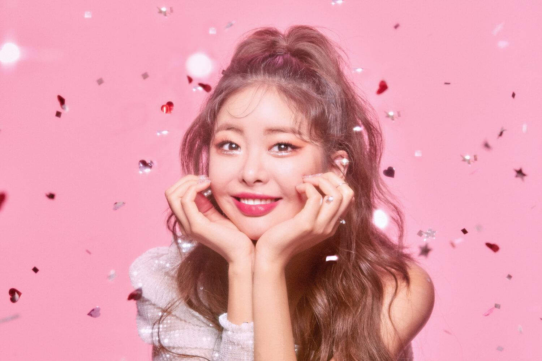 韓国コスメ「lilybyred(リリーバイレッド)」のイメージモデルカット