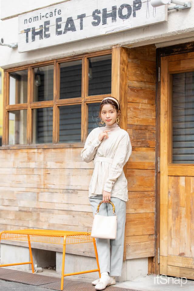 レセプション・島田茜さん/21歳(158cm)