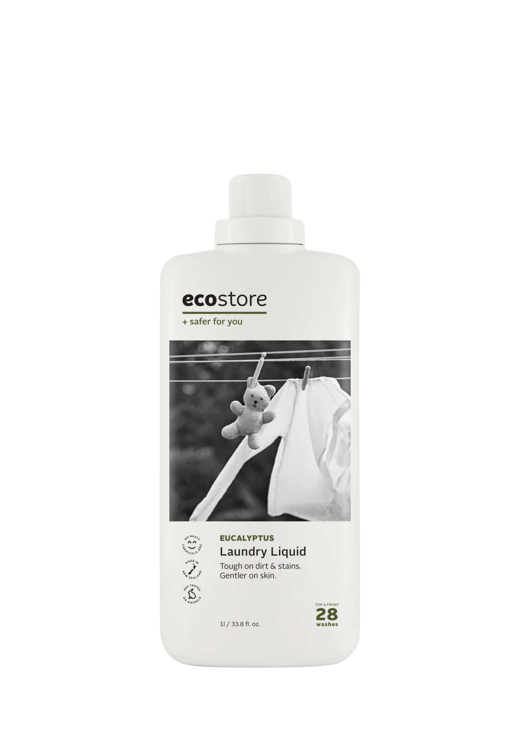 ecostore(エコストア)のランドリーリキッド<ユーカリ> 500mL/¥748(税込み)、1L/¥1,298(税込み)