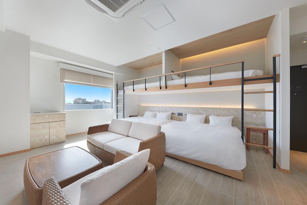 THIRD石垣島のファミリールームのベッド