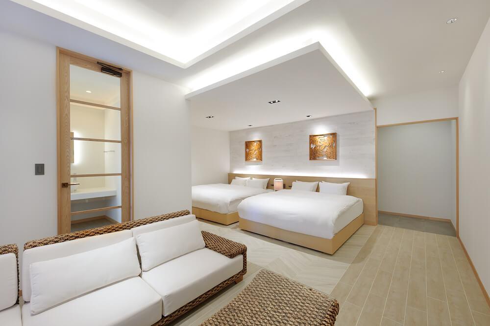 THIRD石垣島のスイートルームのベッド