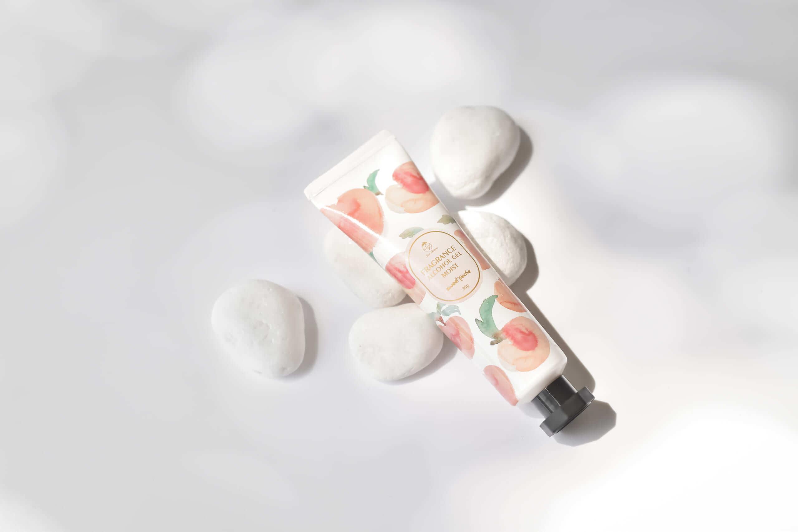 Sissi Trilogie fragrance alchol gel moist sweet peche/¥480(税抜き)