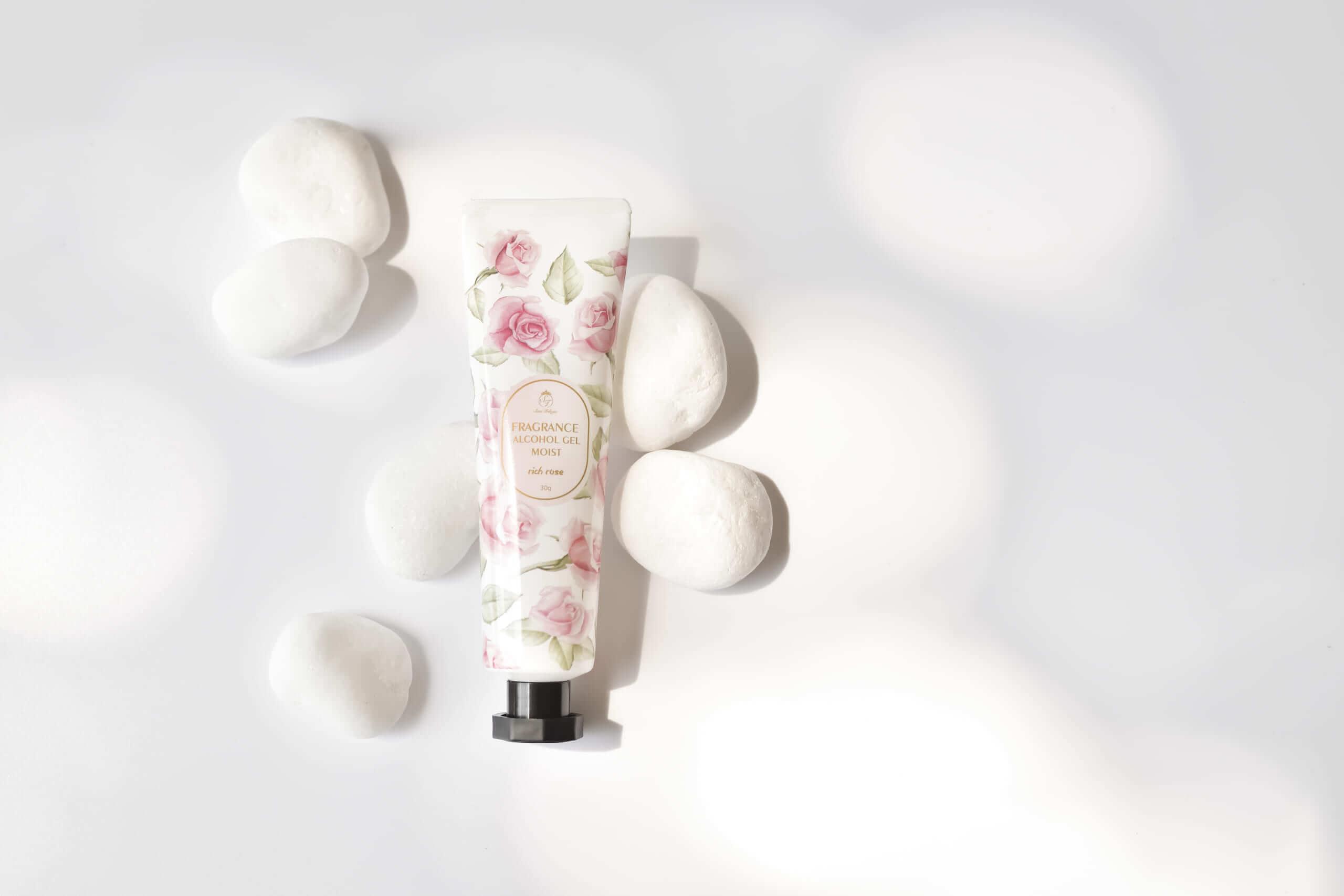 Sissi Trilogie fragrance alchol gel moist rich rose/¥480(税抜き)
