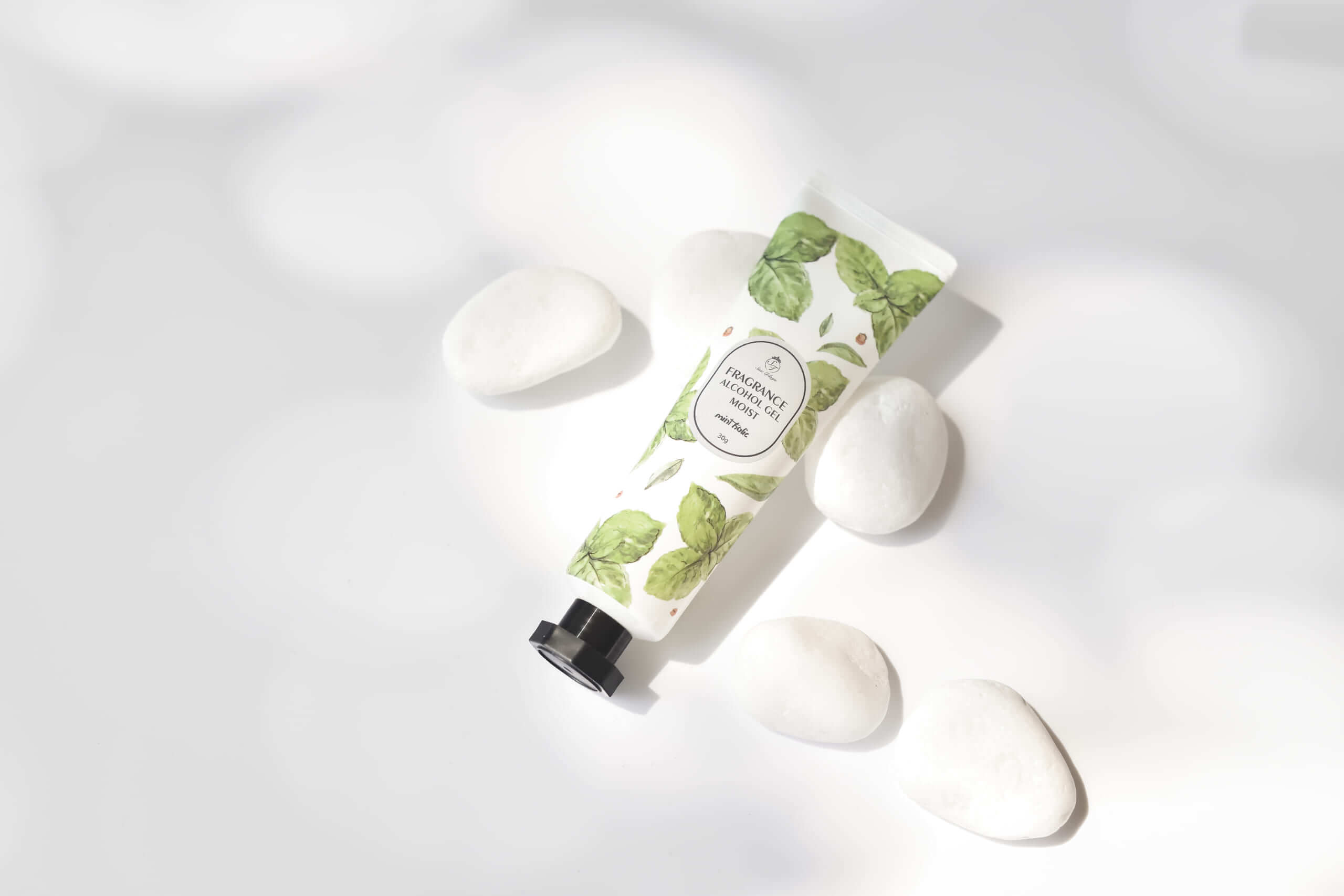 Sissi Trilogie fragrance alchol gel moist mint holic/¥480(税抜き)
