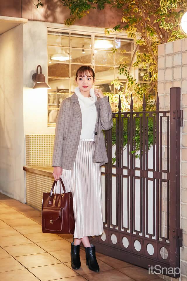 11/20(金)公開 :ECCアーティスト美容専門学校二回生・木下栞サン/20歳(162cm)