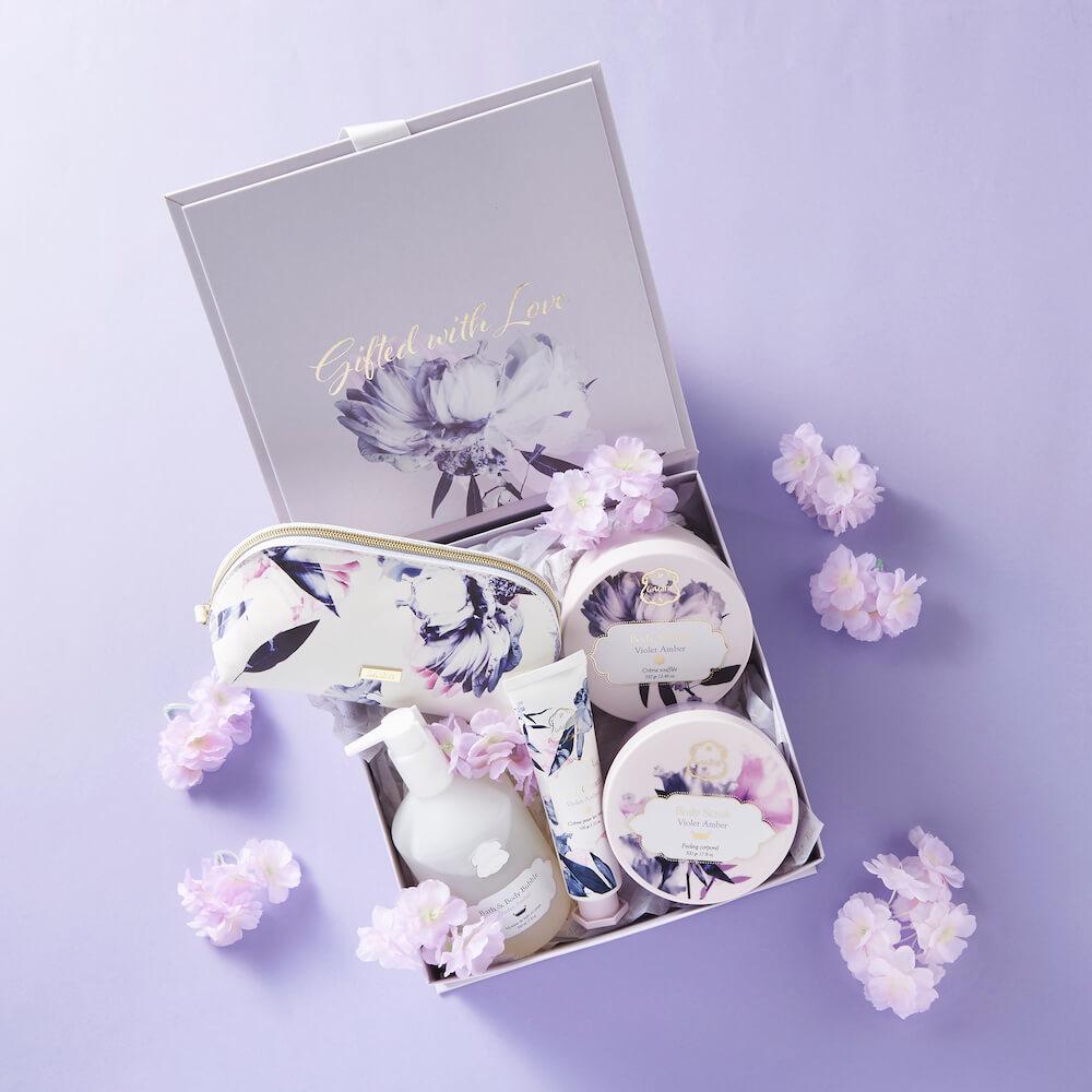 Laline(ラリン)の気品あふれる人気の香り「バイオレットアンバー」から限定パッケージが登場!