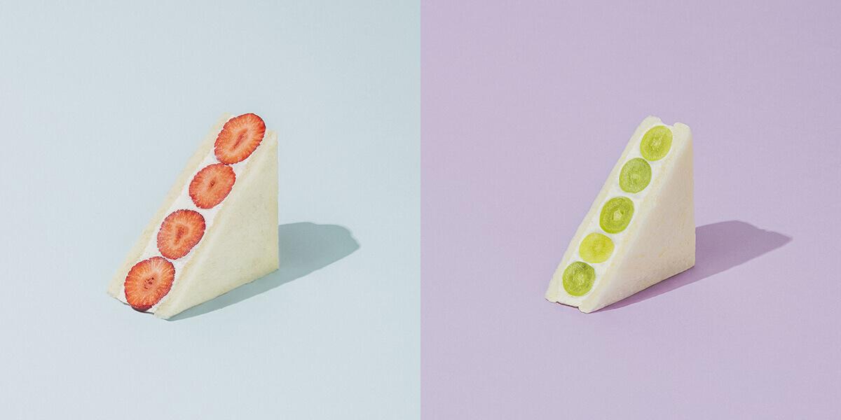 fruits and season(フルーツ アンド シーズン)のいちご/時価、シャインマスカット/時価(ともに税込み)
