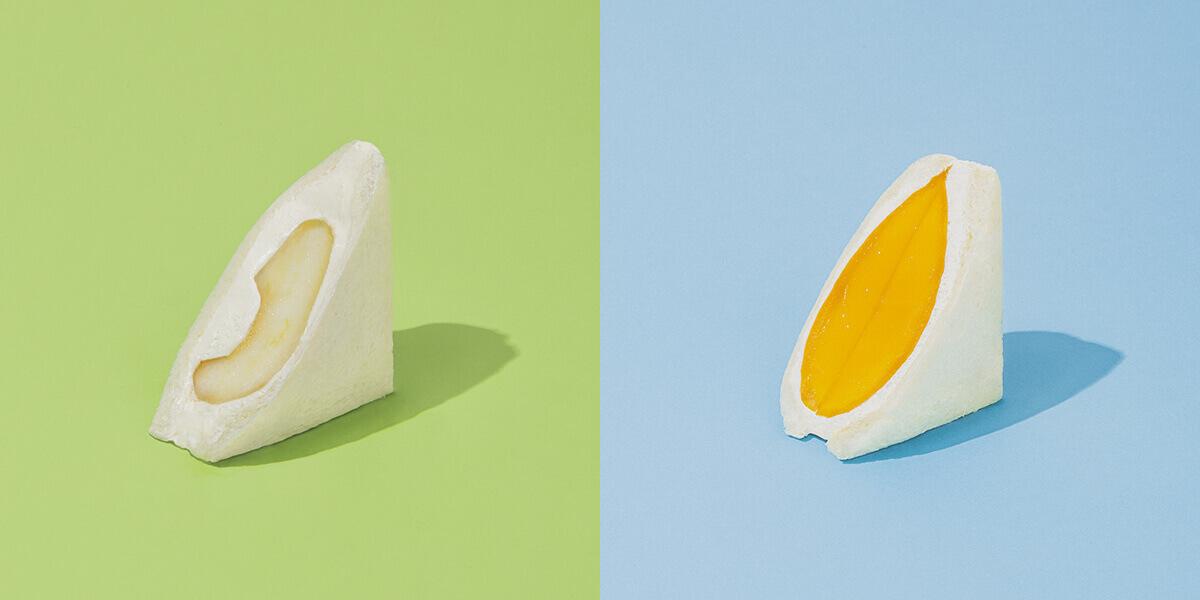 fruits and season(フルーツ アンド シーズン)の洋梨/¥時価、マンゴー/¥1,458(ともに税込み)