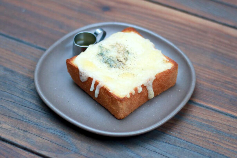 dotcom space Tokyoのチーズトースト/¥583(税込み)