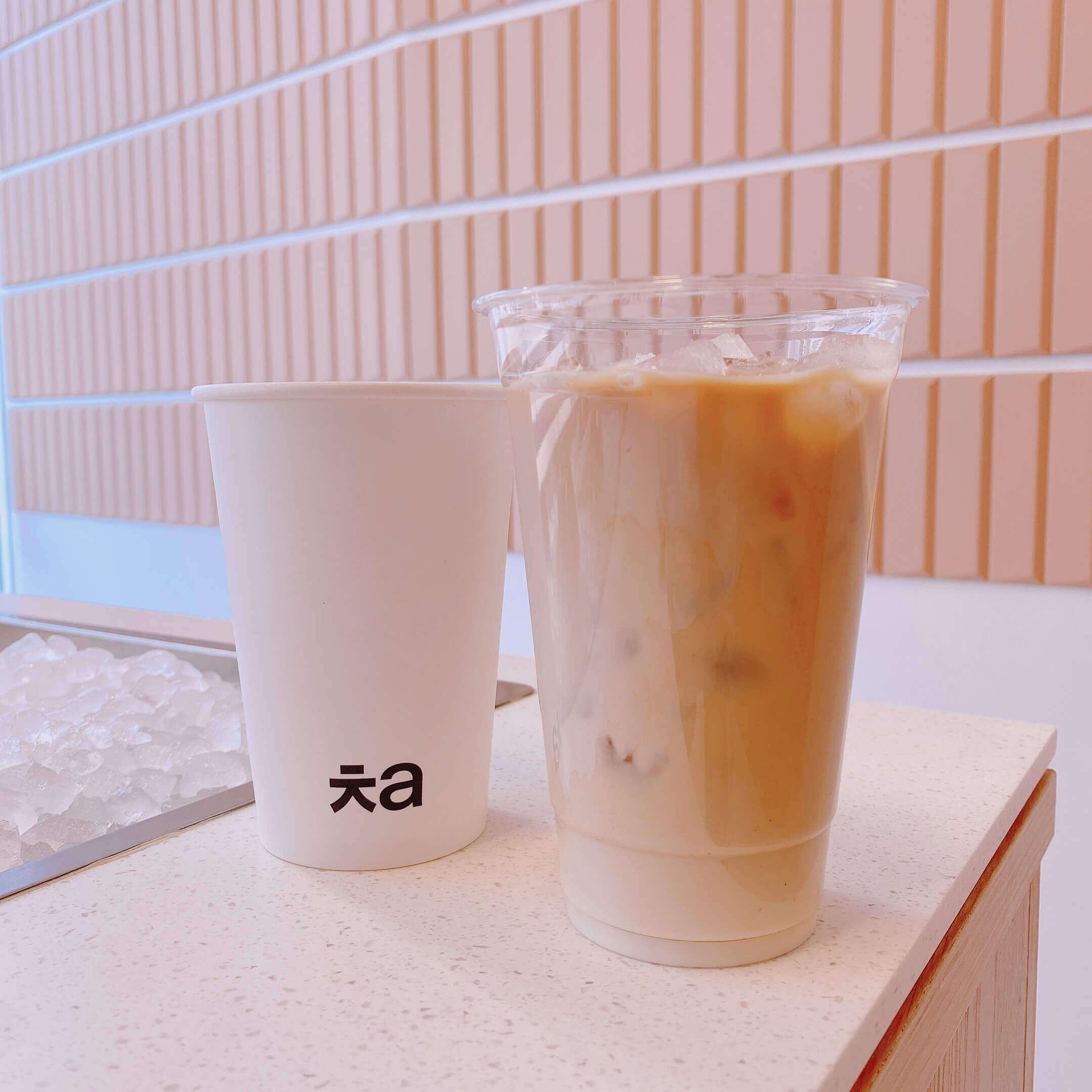 Cha Aoyama(チャ 青山)のクラシックミルクティー/¥594(税込み)