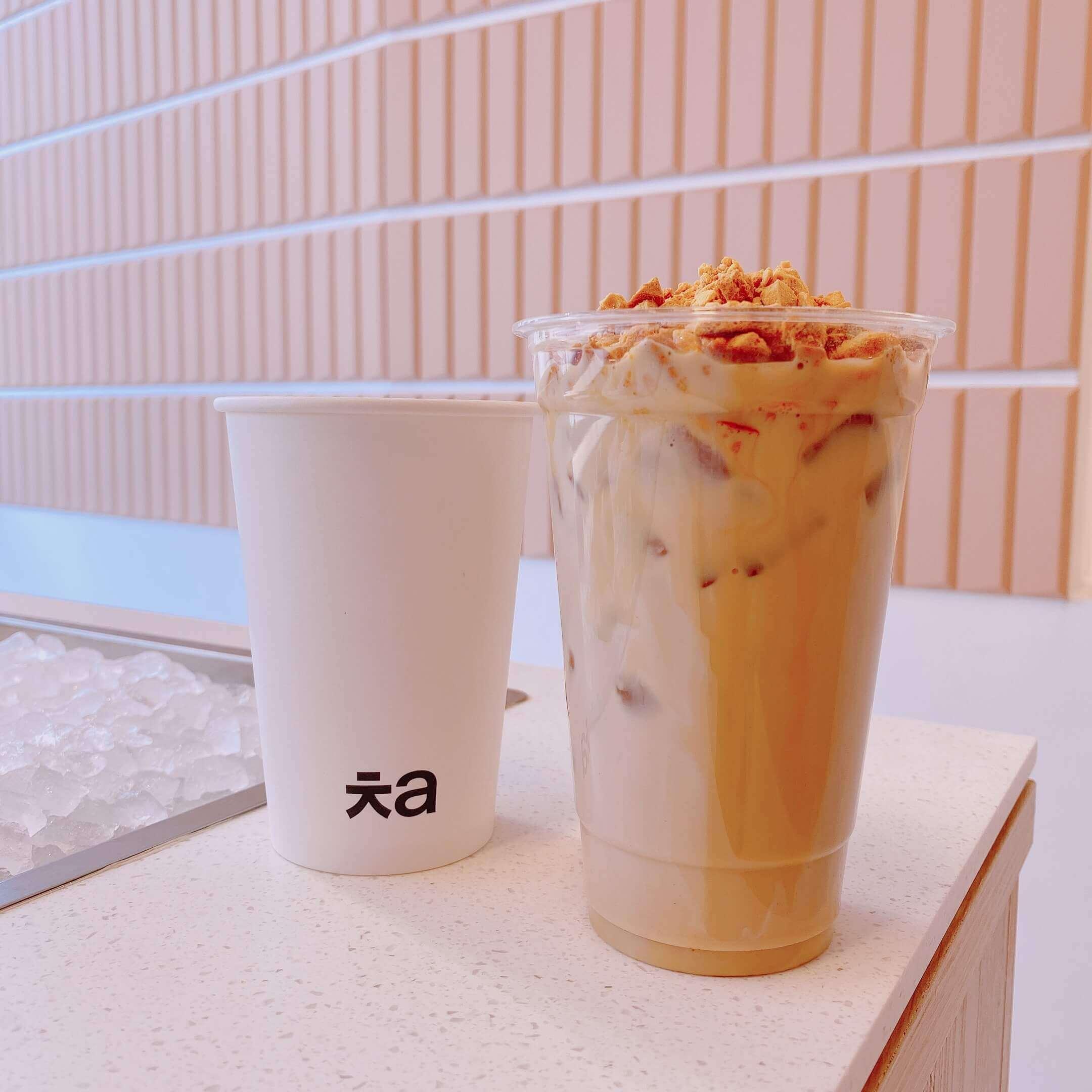 Cha Aoyama(チャ 青山)のタルゴナミルクティー/¥648(税込み)