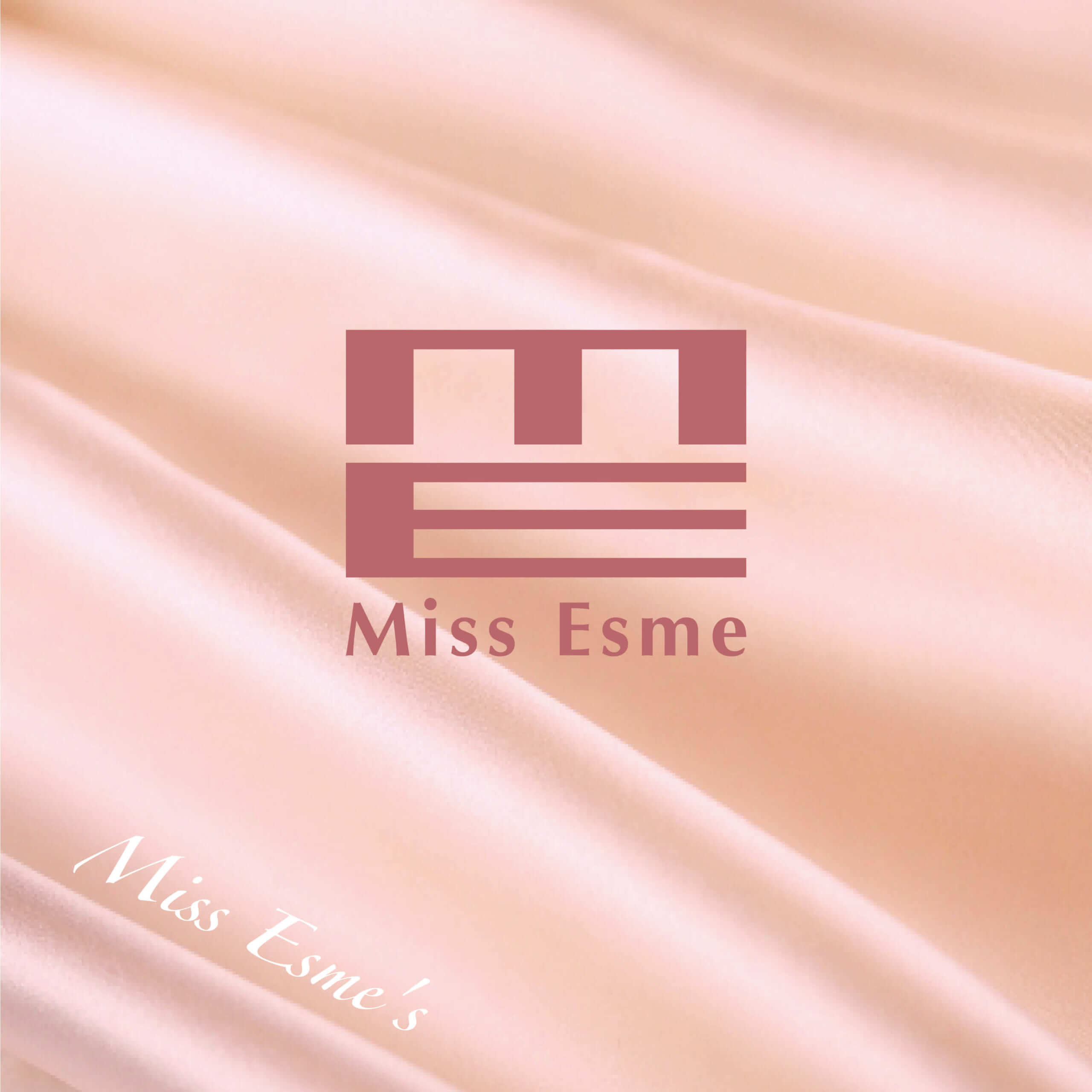 Miss Esme(ミスエスメ)のブランドロゴ