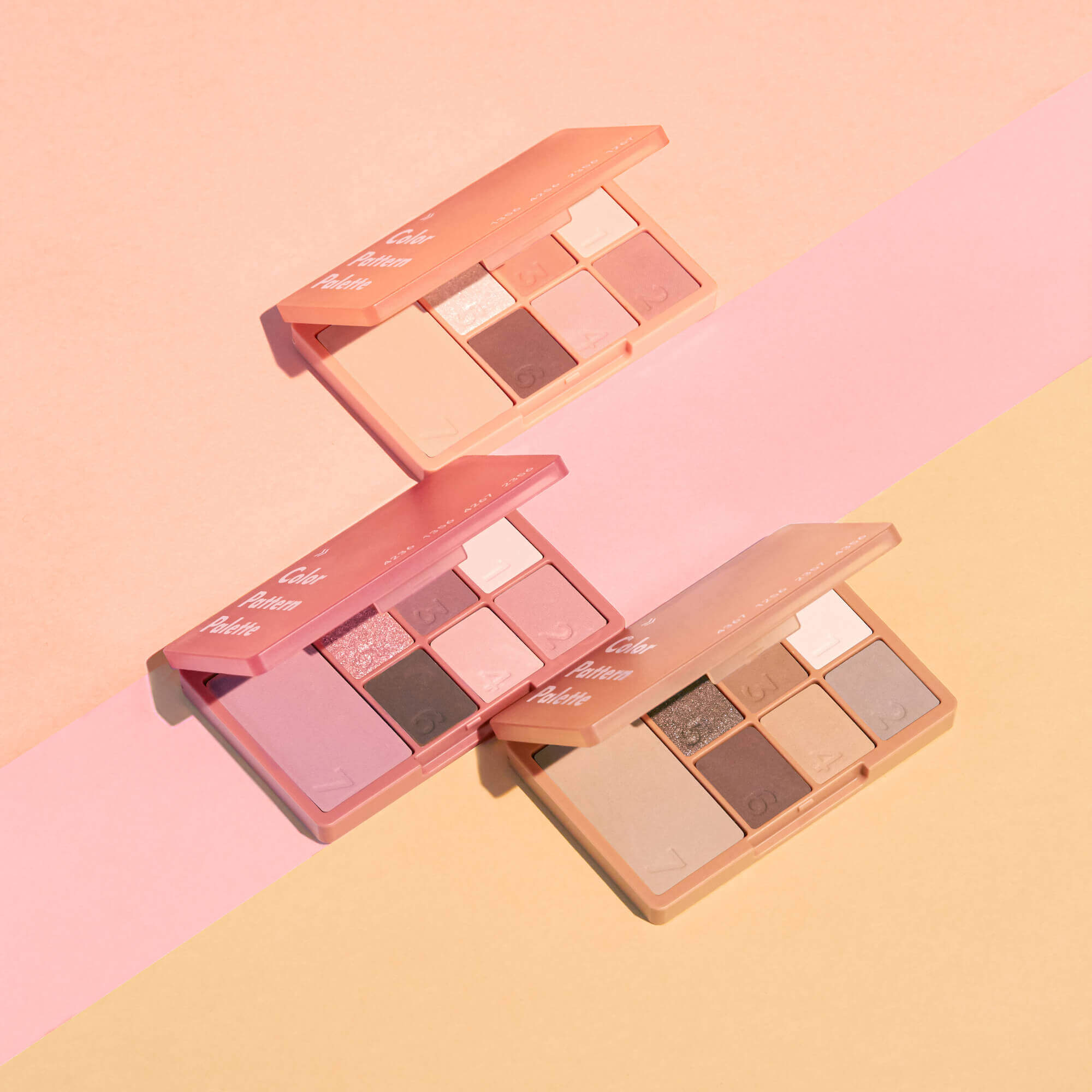 COLOR PATTERN PALETTE(カラーパターンパレット) 全3色/各¥2,090(税込み)