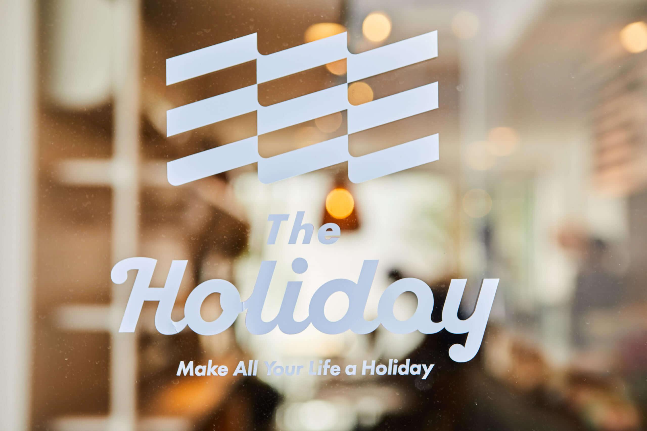 The Holiday(ザ ホリデイ)のロゴデザイン