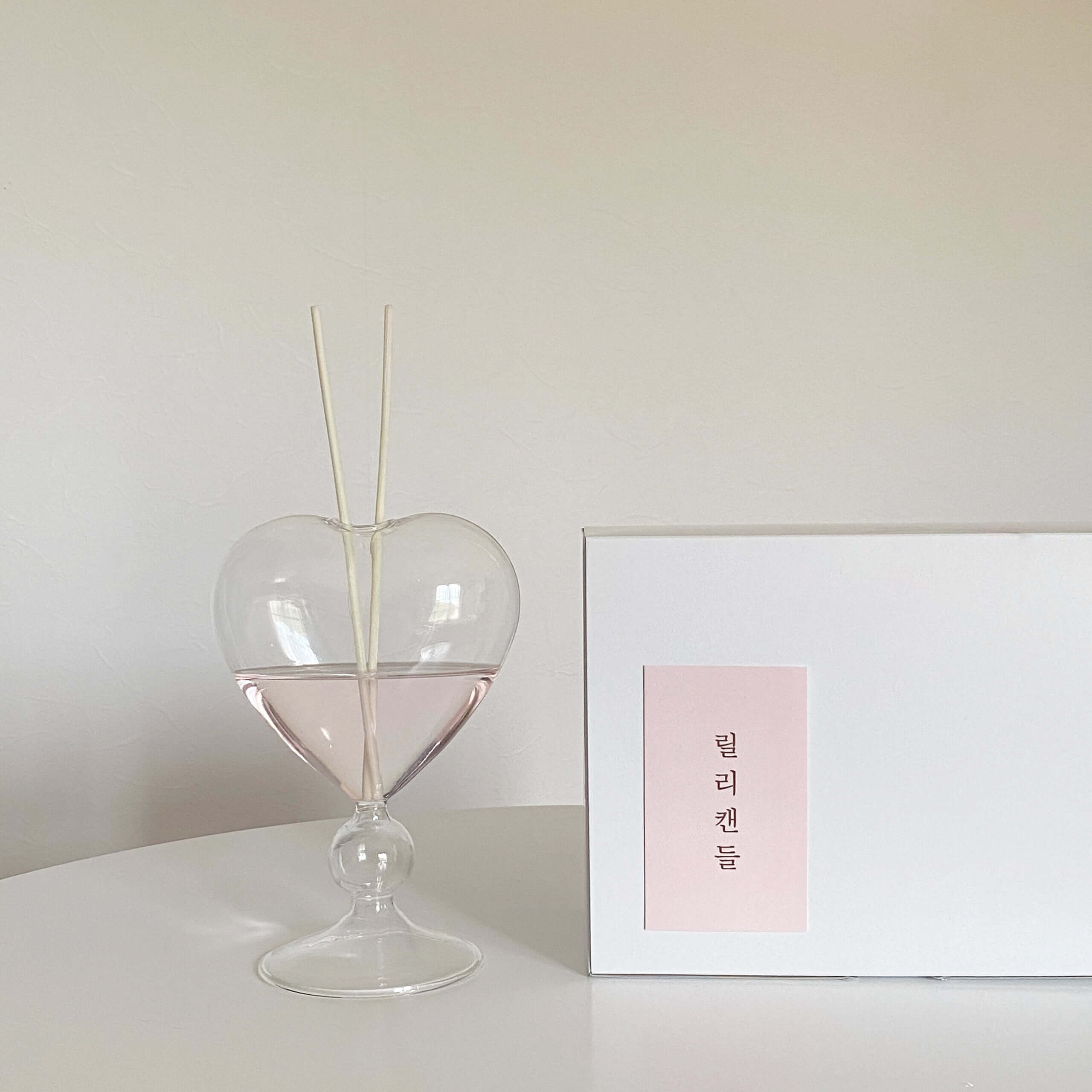 Lily candle(リリーキャンドル)のHeart diffuser/¥3,600(税込み)