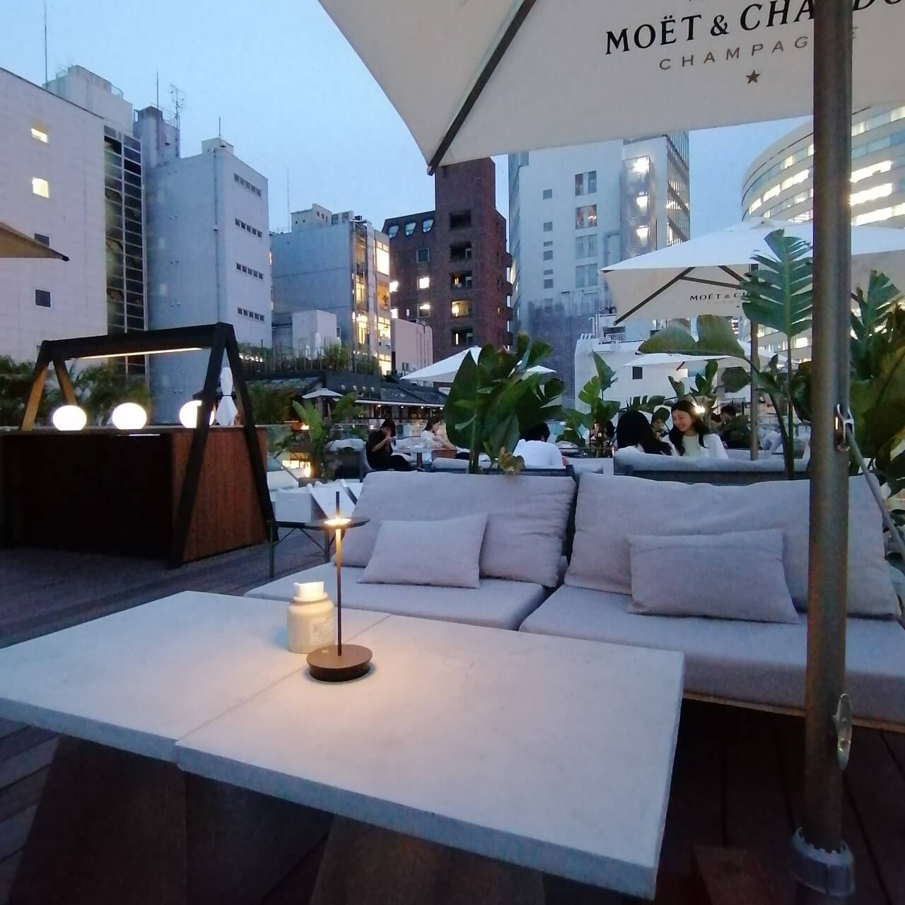 cafe terrace & bistro Queencyのテラス