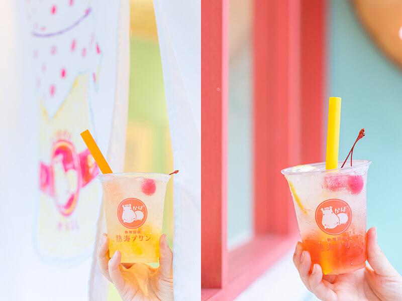 熱海プリンカフェ2ndの熱海レモンスカッシュ、さくらんぼソーダ/各¥500(ともに税込み)
