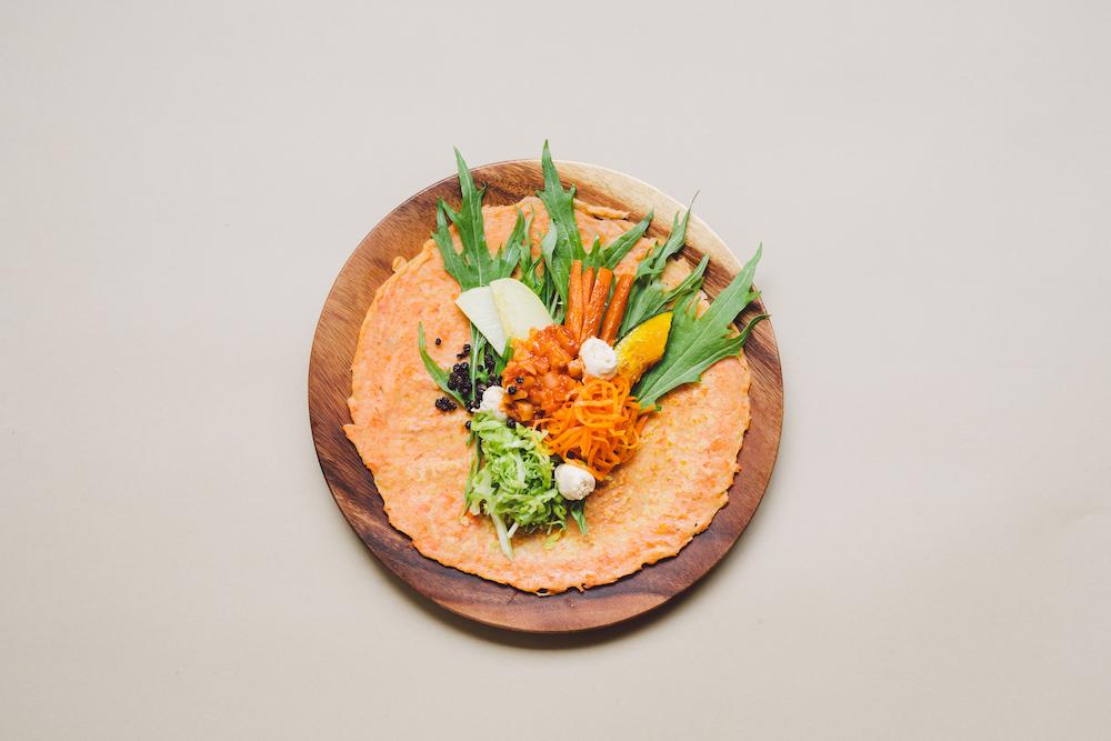 Why Juice?のソイミートカレーと野菜のスパイスにんじんサンド