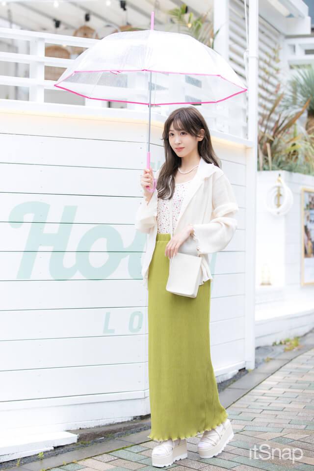 アーティスト、モデル・櫻井優衣サン/21歳(157cm)