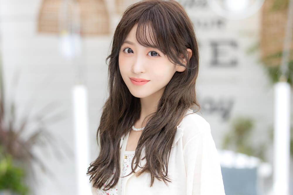 櫻井優衣/21歳(アーティスト、モデル)