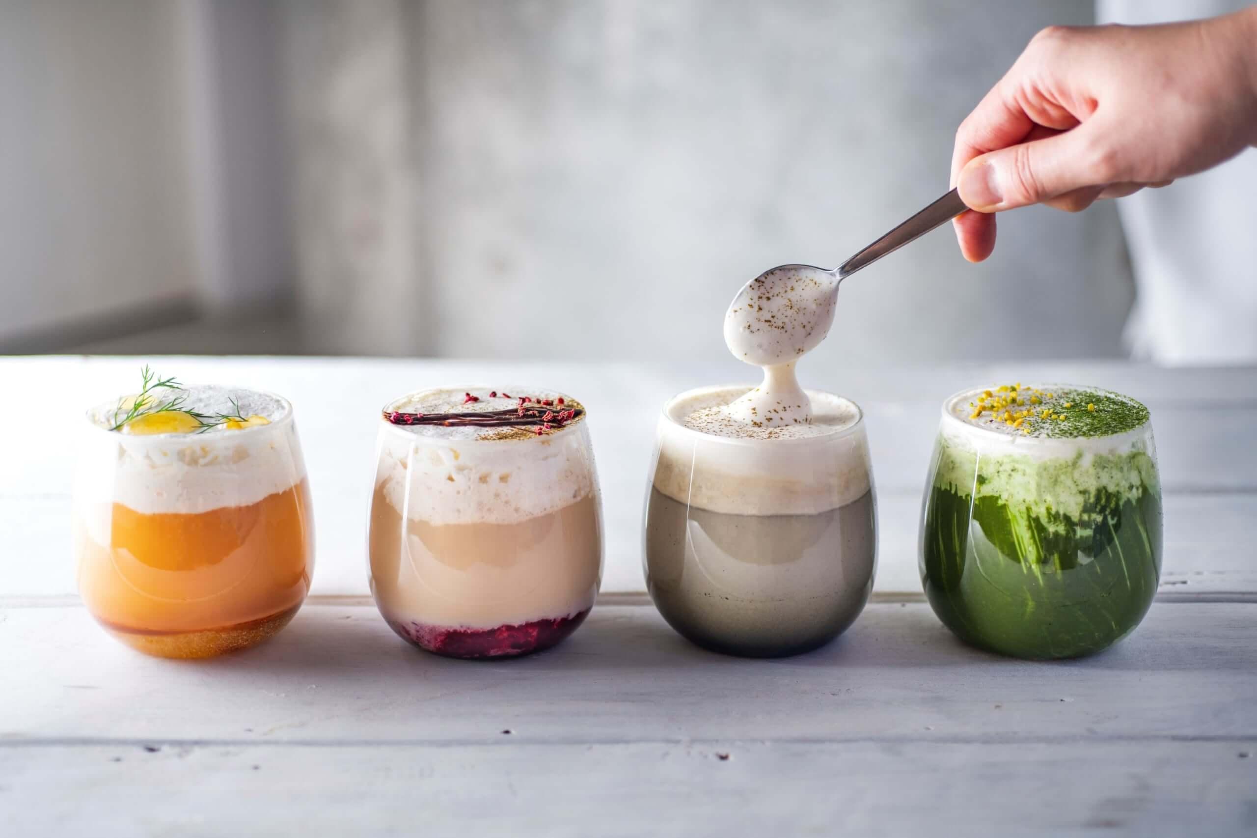 CHAVATY(チャバティ)のホワイトメルトティー(左からほうじ茶セサミチーズ、ほうじ茶チョコレートベリー、ウバキャラメルオレンジ、抹茶ピスタチオ)