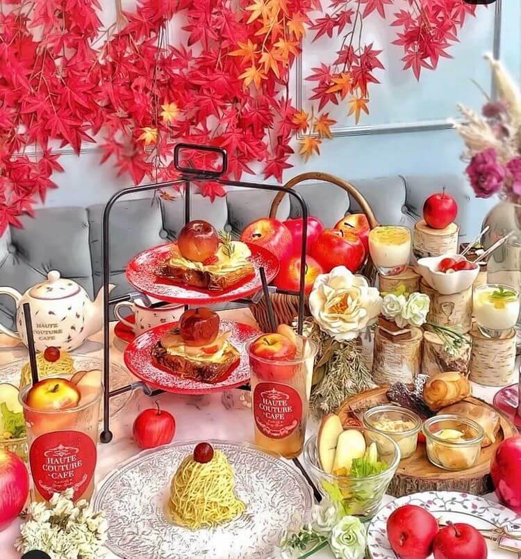 中目黒「HAUTE COUTURE・CAFE produced by Ginger Garden(オートクチュールカフェ プロデュースド バイ ジンジャーガーデン)」のApple and Cheese Afternoon Tea/¥3,300〜¥4,200(税込み)