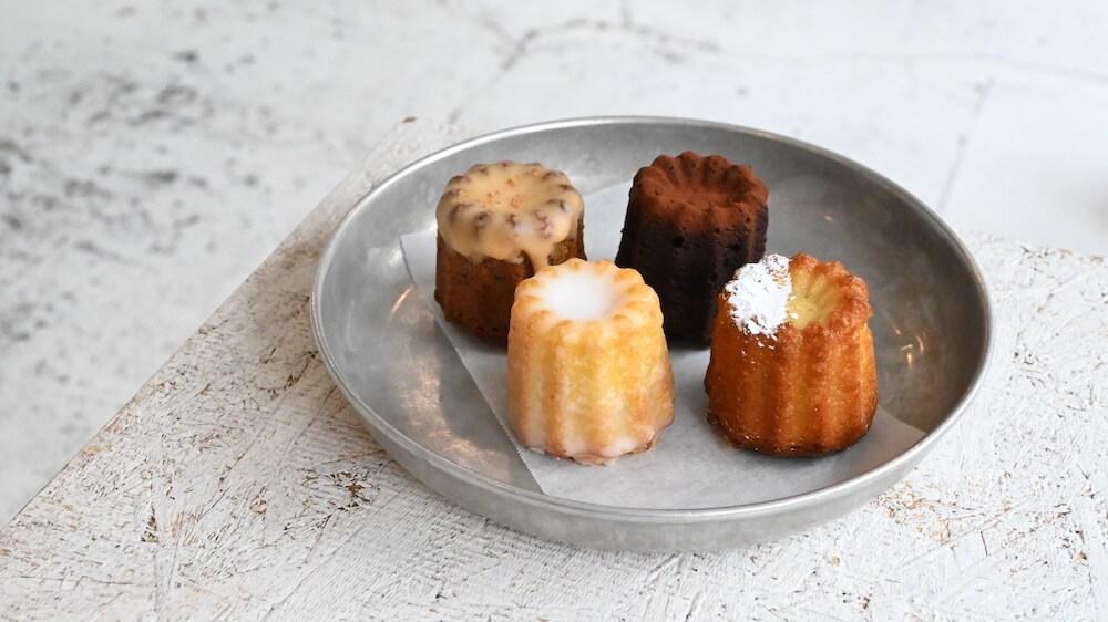 cannelé cake